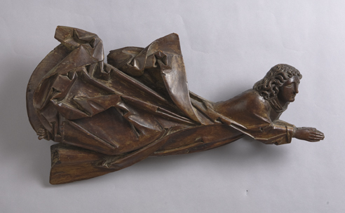 Adoring Angel sculpture